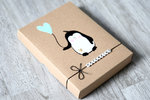 Fotogeschenkbox Pinguin mit Ballon